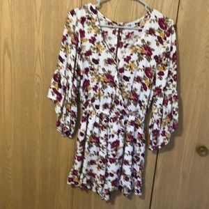 Gorgeous American Eagle Romper.  Size SP